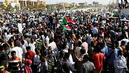 Sudán se enfrenta a un golpe militar, los detenidos deben ser liberados - Ministerio de Información